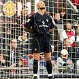 Barthez: Won't go to Israel Photo: AFP