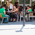 Coffee shop in Tel Aviv Photo: Miri Hason