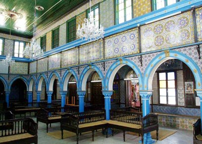 Inside Africa's oldest synagogue (Photo: Reuters)