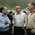Dichter (center) at the hospital Photo: Tsafrir Abayov