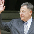 Siniora. Asked to use constraint Photo: Reuters