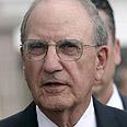Mitchell, advancing talks Photo: Reuters