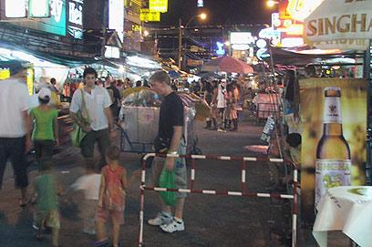 רחוב קאו סאן, ארכיון (צילום: גיא רובננקו)