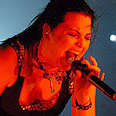 Lead singer Amy Lee sings her heart out Photo: Or Altermann