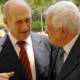 Olmert and Abbas Photo: Amos Ben Gershom, GPO