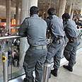 Police prepared for pro-Palestinian fly-ins Photo: Ohad Zwigenberg