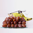 Medjool dates. From Morocco, through Israel, to world markets Photo: Sagi Moran