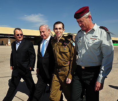 Shalit swap - not in America (Photo: Ariel Hermoni, Defense Ministry)