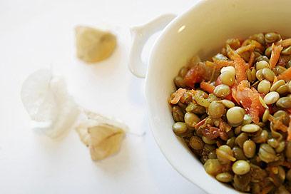 תבשיל עדשים (צילום: ענבל פולאק)