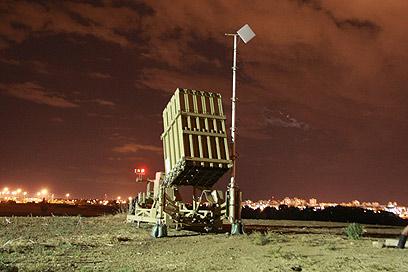 סוללת כיפת ברזל. לא כל הטילים ניזוקו (צילום: שאול גולן, ידיעות אחרונות)