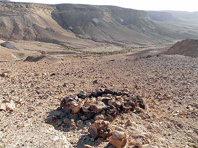 """""""החיים במדבר גורמים לך להתבונן ולפתח תובנות"""". מקדש העין (צילום: זיו ריינשטיין)"""