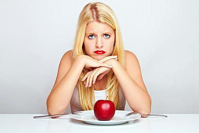 דיאטה חריפה עלולה לגרום לירידה בריכוז וביכולת השכלית (צילום: shutterstock)