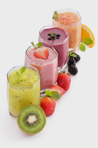 טעימים אבל מלאי סוכר. להיזהר ממיצי פירות (צילום: shutterstock)