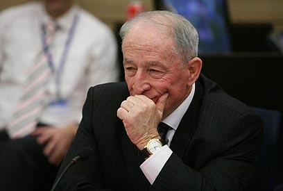 Attorney-General Yehuda Weinstein (Photo: Gil Yohanan)