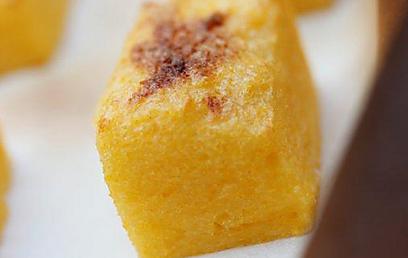 צלויה בתנור - פולנטה על הגריל (צילום: מיכל וקסמן)