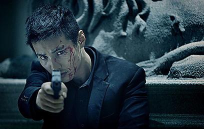 """מתוך """"The Man From Nowhere"""" של לי ג'ונג-בום"""