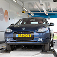Better Place's Renault Fluence Z.E. electric cars Photo: Ronen Topelberg