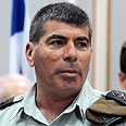 Chief of Staff Gabi Ashkenazi. Not in the command center Photo: Yaron Brener