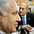 Olmert and Netanyahu (Archives) Photo: AP