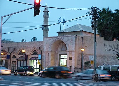 כיכר השעון ביפו (צילום: עידו אפרתי)