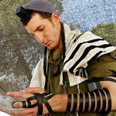 Tefillin: A strange box with wires Photo:Reuters