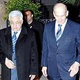 Agreements over dinner. Olmert (R) and Abbas Photo: Avi Ochayon, GPO