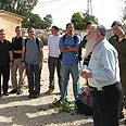 Rabbi Drukman and the new recruits Photo: Dvir Dotan