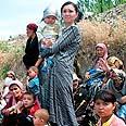 Thousands of Uzbeks forced to flee Photo: AP