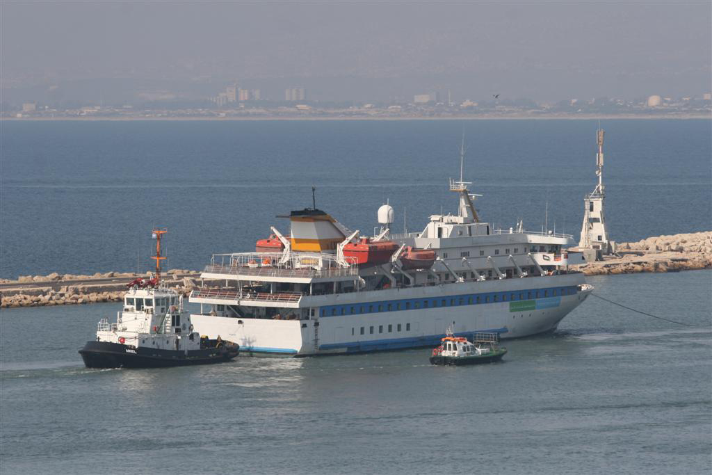 The Marmara being towed into port in Haifa. (Photo: Shay Vankin)