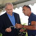 Netanyahu on a tour of Sderot and Ashkelon