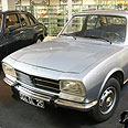 Antique Peugeot 504