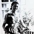 הילדה לאה פריד עם האישה שהצילה אותה לינינה ול'נגה רפרודוקציה: רונן כרם