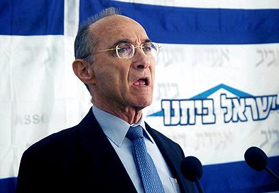 Israeli cabinet minister Uzi Landau (Photo: Dana Koppel)