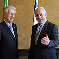 Monti (L) with Netanyahu (archives) Photo: Avi Ohayon, GPO