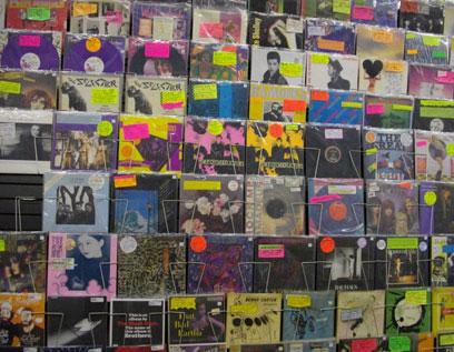עולם הולך ונעלם. חנות תקליטים נדירים בסוהו בניו יורק     (צילום: יעל לינזן)