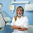 Dr. Anan Falah in her dental clinic Photo: Avishag Shaar-Yashuv
