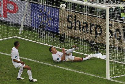 זה כנראה השער האחרון בטורניר גדול שלא אושר. טרי מול אוקראינה (AP)