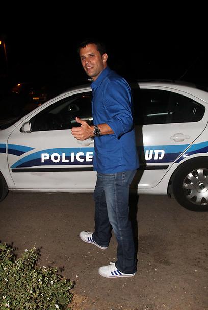 התחלת לעבוד במשטרה? אורן וייגנפלד (צילום: ג'קי יעקב)