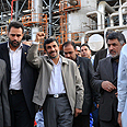 Ahmadinejad at Iranian oil refinery (archives) Photo: AFP