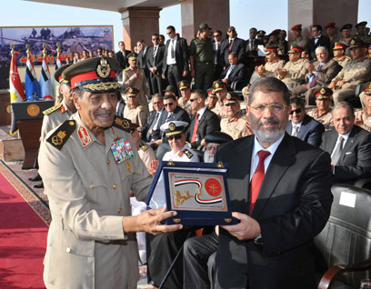 Morsi's (right) inauguration (Photo: EPA)