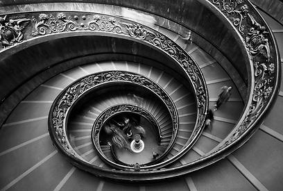 לא לוותר על חיפוש המקומות שראיתם בספרי הדרכה או באינטרנט כשאתם מגיעים ליעד. ספריית הותיקן ברומא (צילום: עומר פרצ'י)