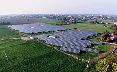 מתקן סולארי בינוני של אנרפוינט באיטליה, מייצר 2 מגוואט (צילום: אנרפוינט ישראל)