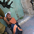 Border Guard detains Palestinian boy in Hebron (Archives) Photo: AFP