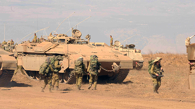 IDF Namer APC during Golani training (Photo: Avihu Shapira)