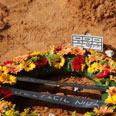 Raz Atias' grave Photo: Moti Kimchi
