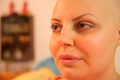 בעת ההתמודדות עם מחלת הסרטן (צילום: בשמת איבי)
