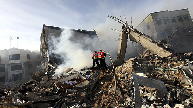 Strike on Hamas HQ during Pillar of Defense (Photo: EPA)