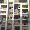 Ashdod building hit by rocket Photo: Zeev Trachtman