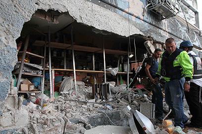 Rocket damage in Ashdod (Photo: Ido Erez)