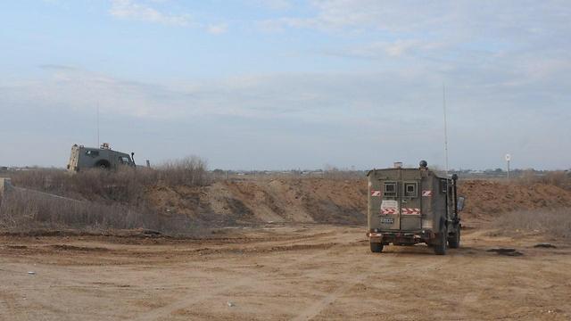 אזור חדירת הפלסטיני מעזה לשדי אברהם, לפני כשנה (צילום: הרצל יוסף)